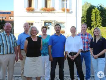 Ortschaftsrat Neuweiler von 2014 - 2019 (Von links:  Klaus Bauer, Axel Brand,  Eva Bäßler, Susanne Wagner, Martin Wernado, Silvia Bühler, Werner Blessing, Miriam Anfang-Walz)
