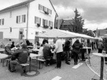 17. Neuweiler Backhaus-Hocketse erzielt tollen Gewinn für die Kinder- und Jugendbücherei Neuweiler